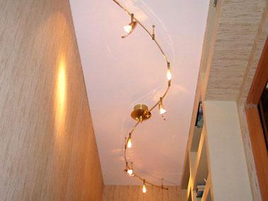 Натяжные потолки, встроенные элементы. Фотогалерея.